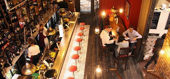 Lunyas bar & deli