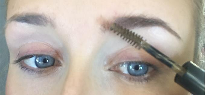 Kardashian always do good brows