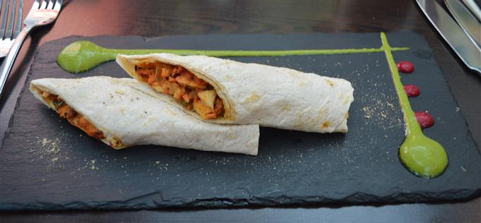 Chicken kati rolls