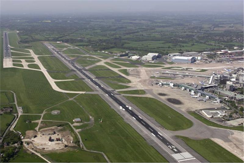 Manchester airport flies south on 16315bn ticket manchester airport m4hsunfo