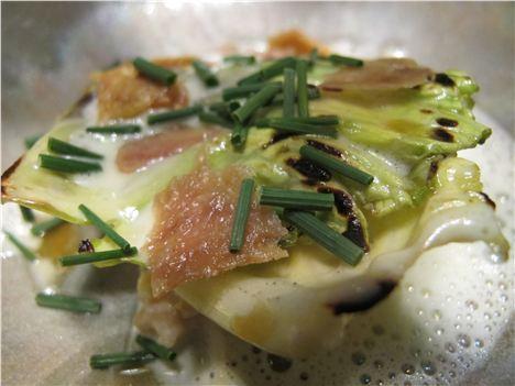 Fresh crab and caramelised cabbage, horseradish, chicken skin with crow garlic