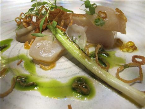 Sole fillet with onions, smoke scallops, parsley, leeks