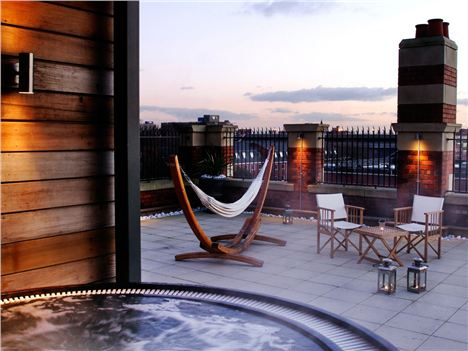 Jacuzzi in the sky