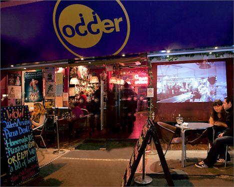 Odder bar