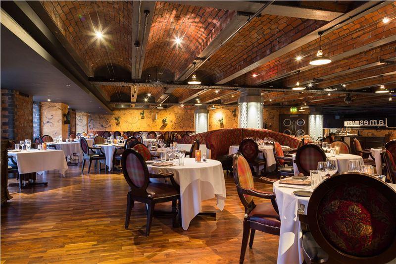 235 casino restaurant
