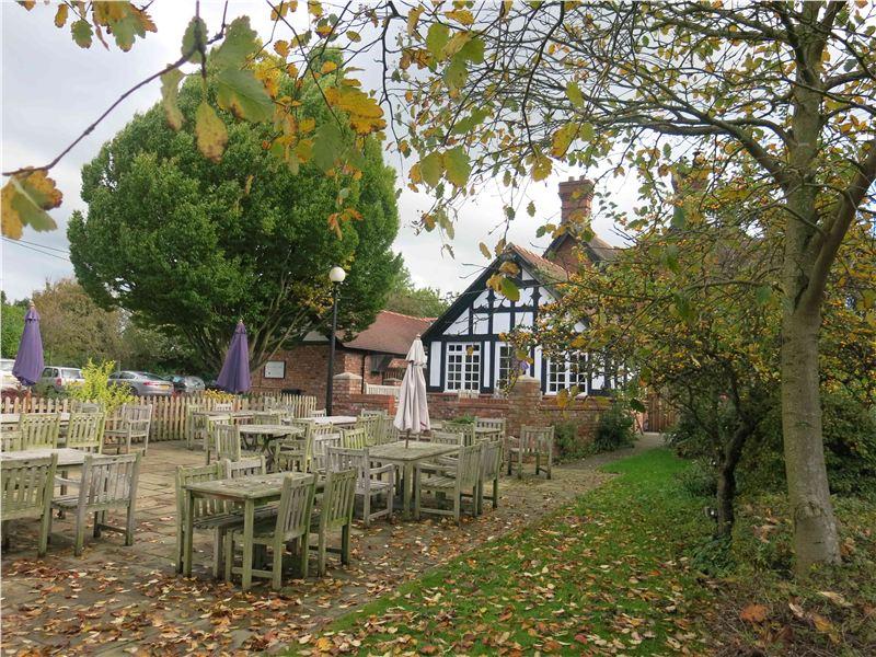 Yew Tree Inn, Bunbury, Reviewed