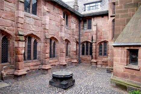 Fox Courtyard - Chetham's showing Collyhurst sandstone and industrial 'acid rain' erosion