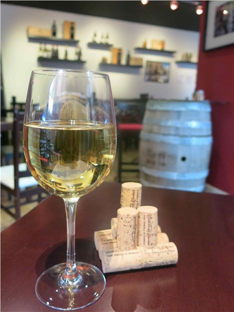A_Glass_Of_Inzolia_With_Special_Glue_Together_Cork_Feature[1]