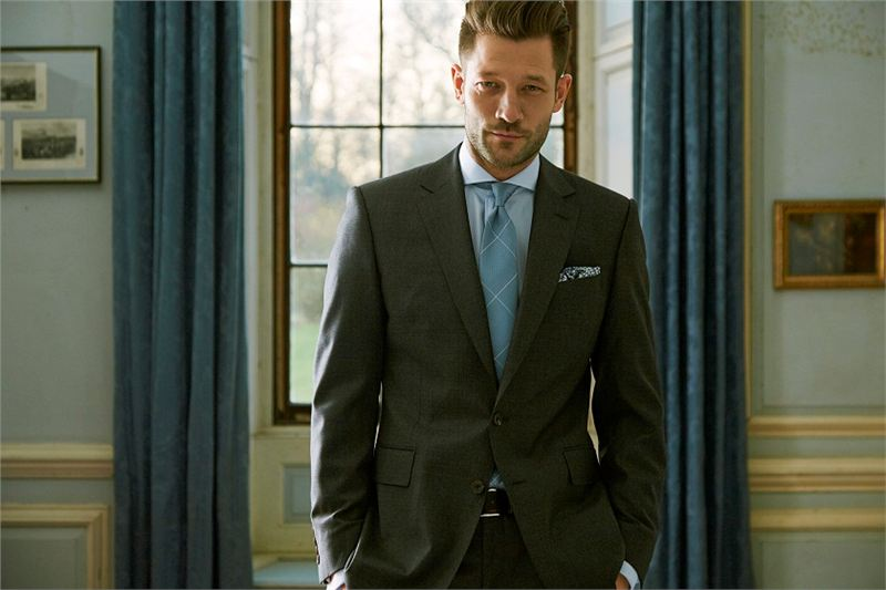 Savile Row Tailors Unveil Collection In Manchester
