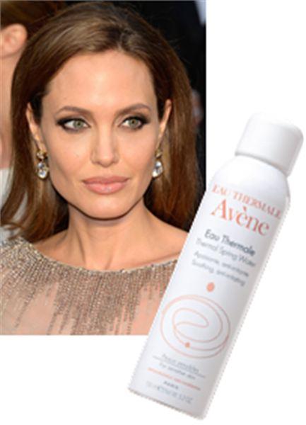 Beauty How To Glow Like Angelina Jolie